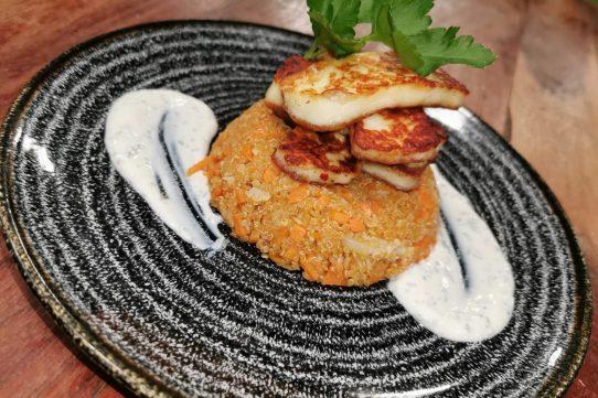 Vegetable Quinoa, Halloumi & Mint Yoghurt